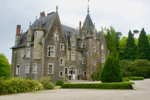 Chateau du Val, Brittany, France, White Rose Ceremonies, Wedding, Wedding Blessing, Celebrant