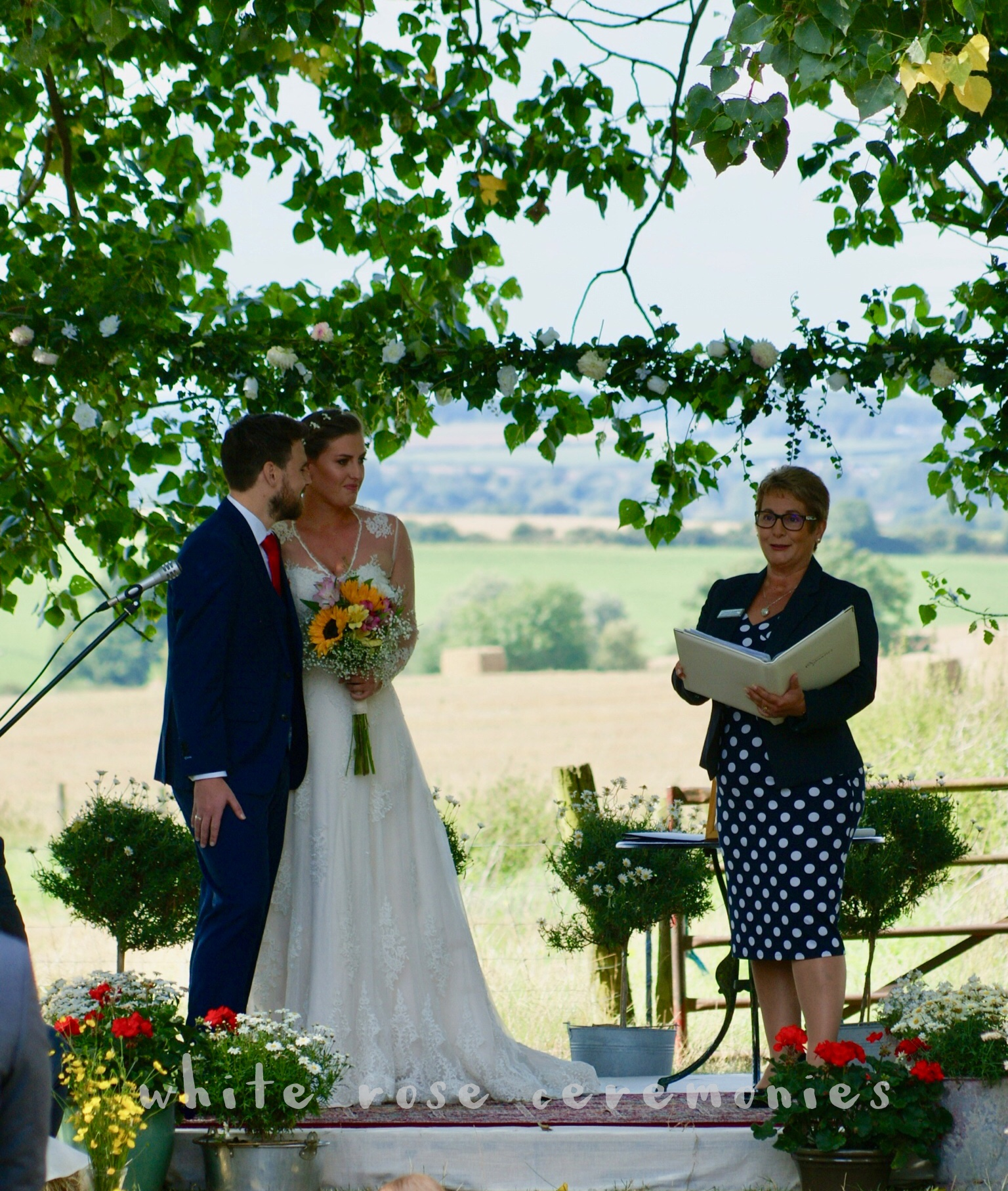 Who Can Conduct Your Wedding Ceremony?